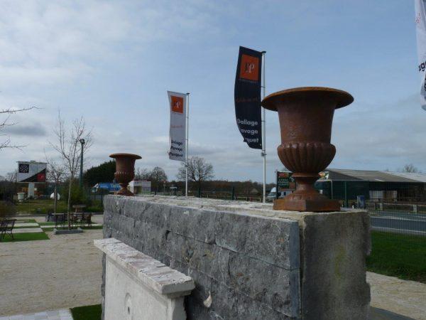 vase de jardin medicis rouillé
