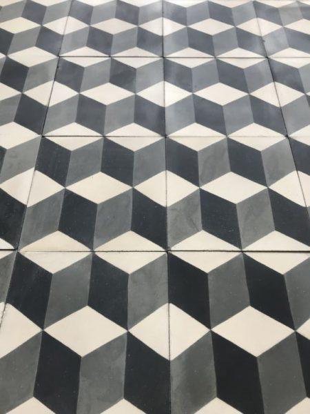 carreaux ciment cube noir et blanc
