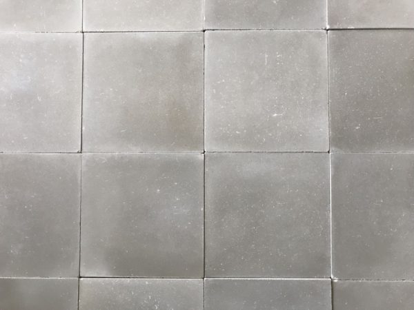 carreaux de ciment gris