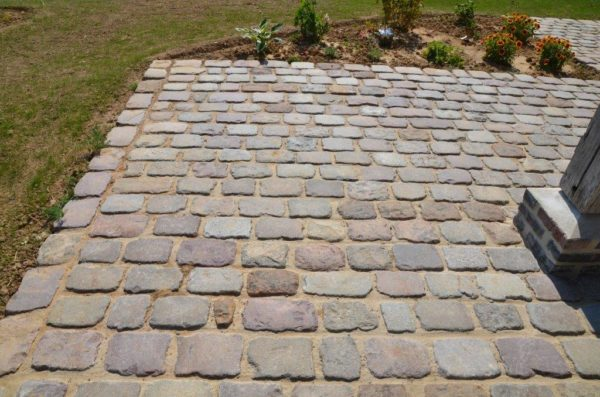 mix of antique reclaimed paving from france