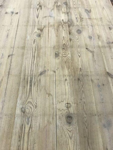 plateau de table en vieux sapin