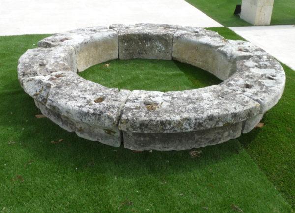 margelle de putis en pierre
