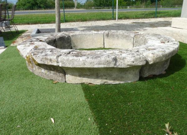 margelle en pierre pour un puits
