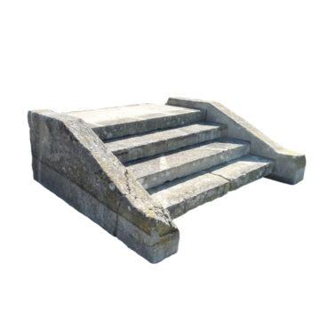 perron en pierre avec 4 marches