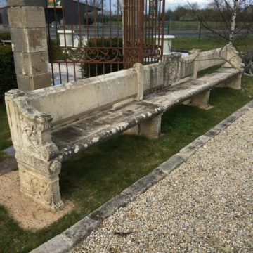 Cardinal Richelieu's limestone bench from 17th century