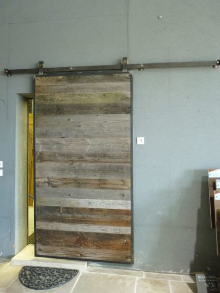 sliding door wood fir tree