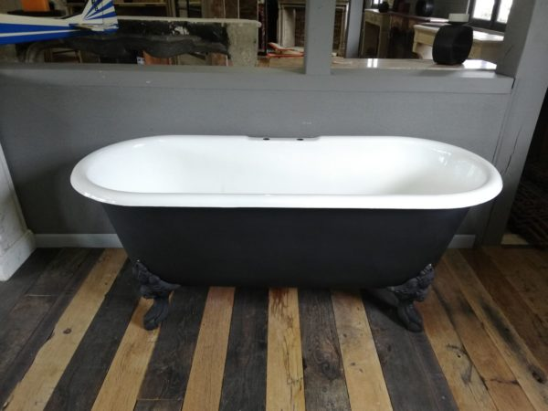 clawfoot tub antique dimensions
