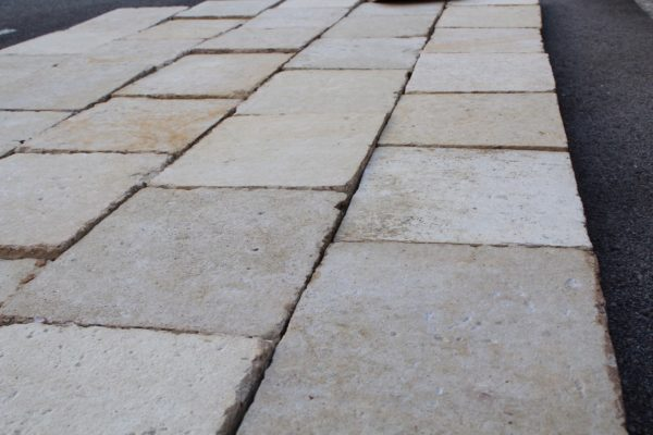 large stock of stone floor barr blond