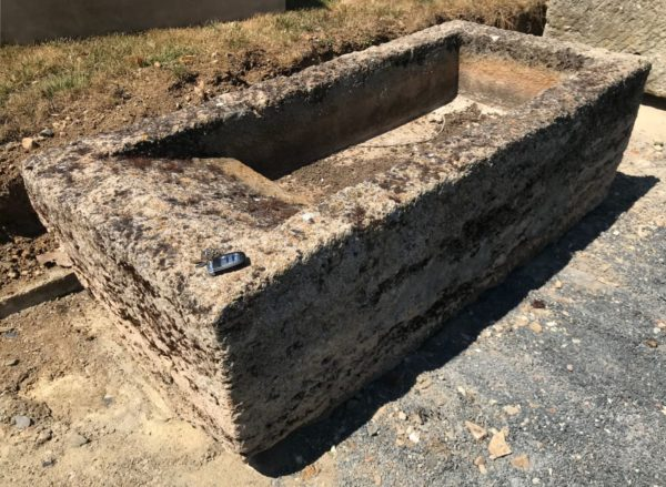 stone washing trough for exterior area