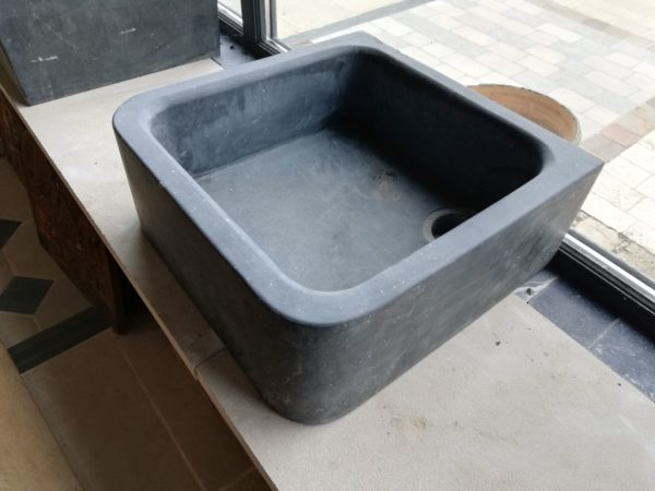 bluestone sink square finition