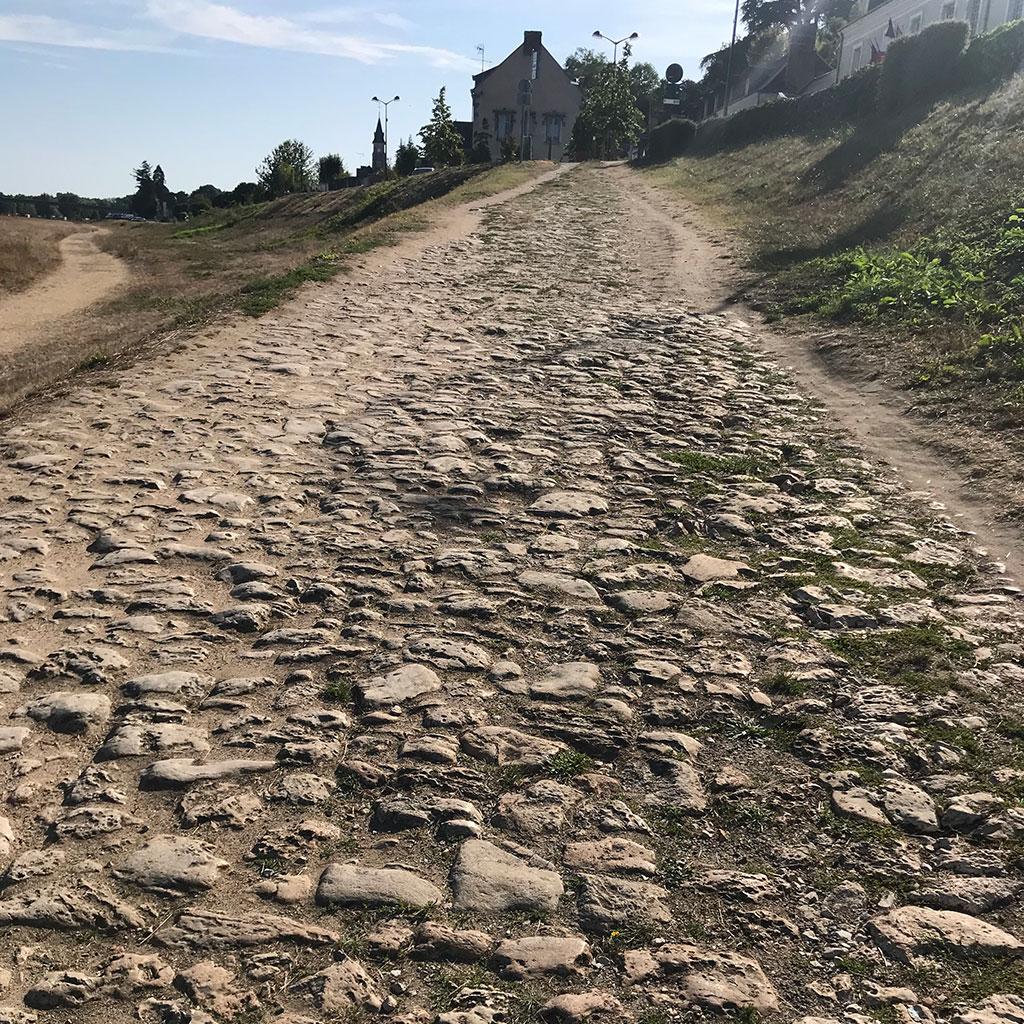cobble stone floor chateau france