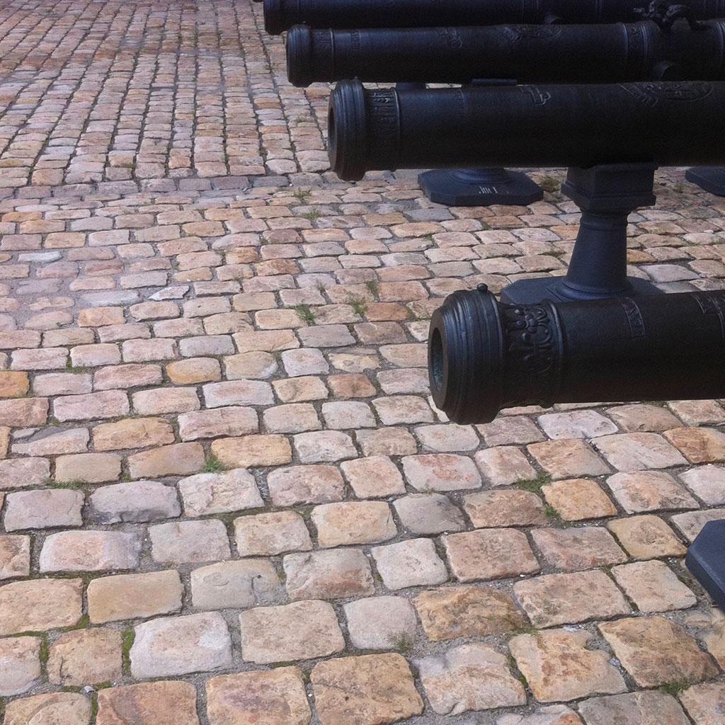 cobbles and setts invalides Paris