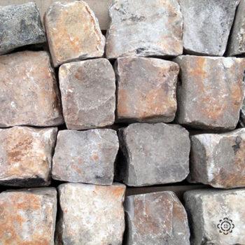 small cobbles equivalent invalides