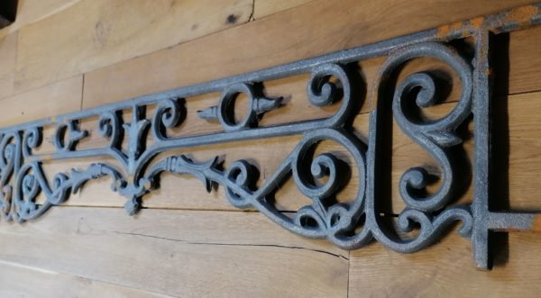 our cast iron window guard in our showroom at Caen