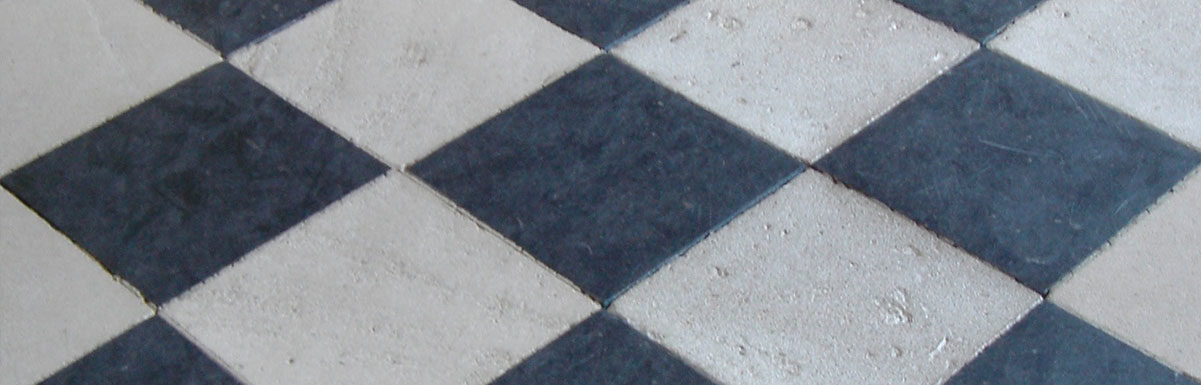 antique black and white flagstones at chenonceau