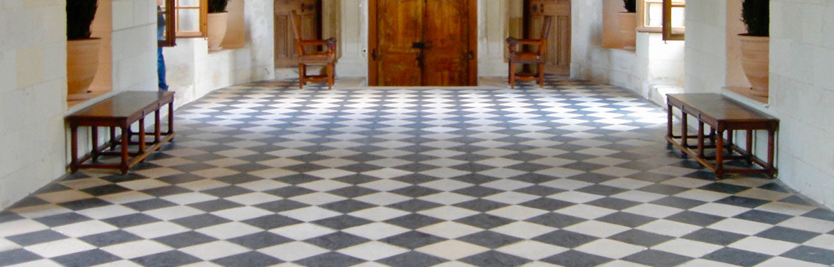 black and white flagstones at chateau chenonceau