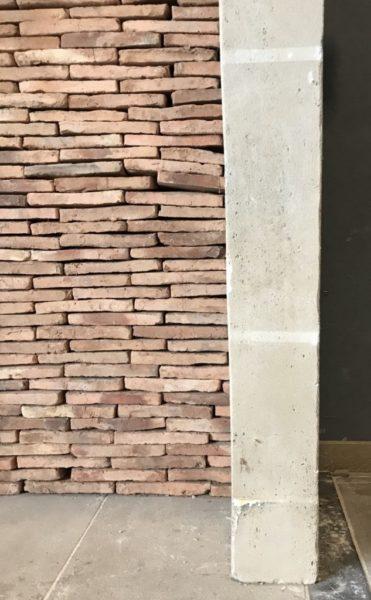 details of side jamb chimneypiece