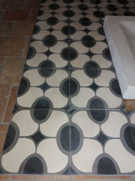 oval pattern cement tiles vintage finition