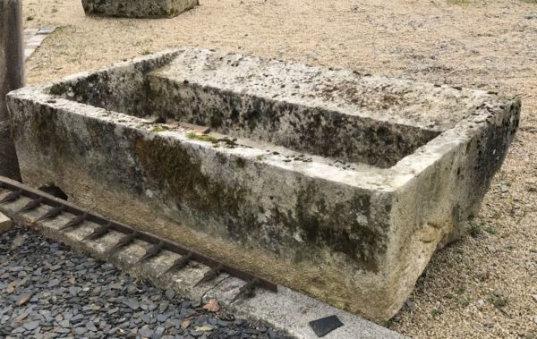 Limestone trough with reclaimed patina
