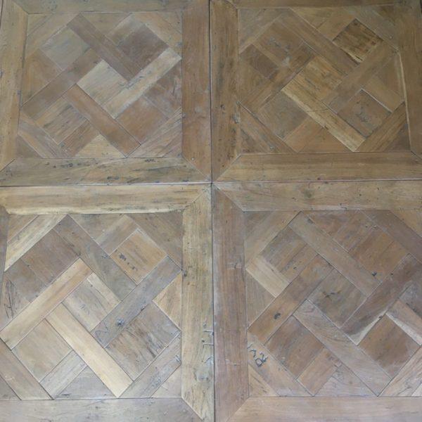 versailles panels in teck wood