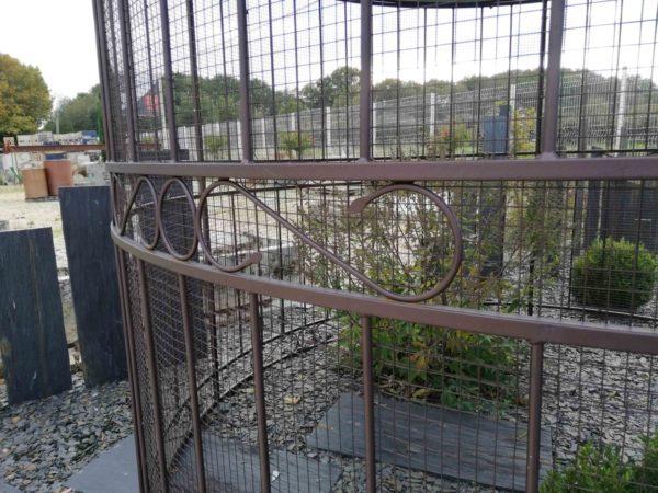 diameter of the gazebo birdcage