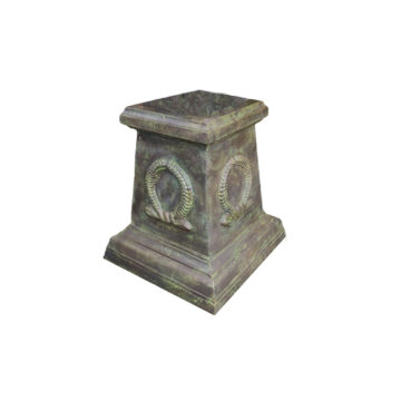 plinth suitable for vases