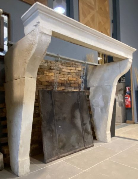 French mantel in limestone