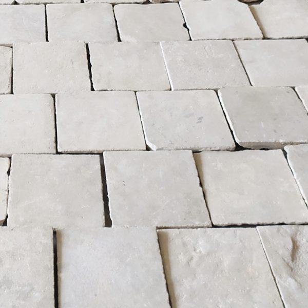 Caen antique Floor